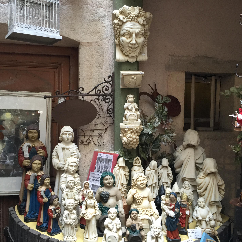 Artisanat français statues
